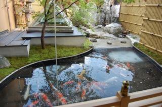 Công trình tạo cảnh quan cho cửa hàng mới / Xây dựng hồ đánh giá kiểu Nhật Bản