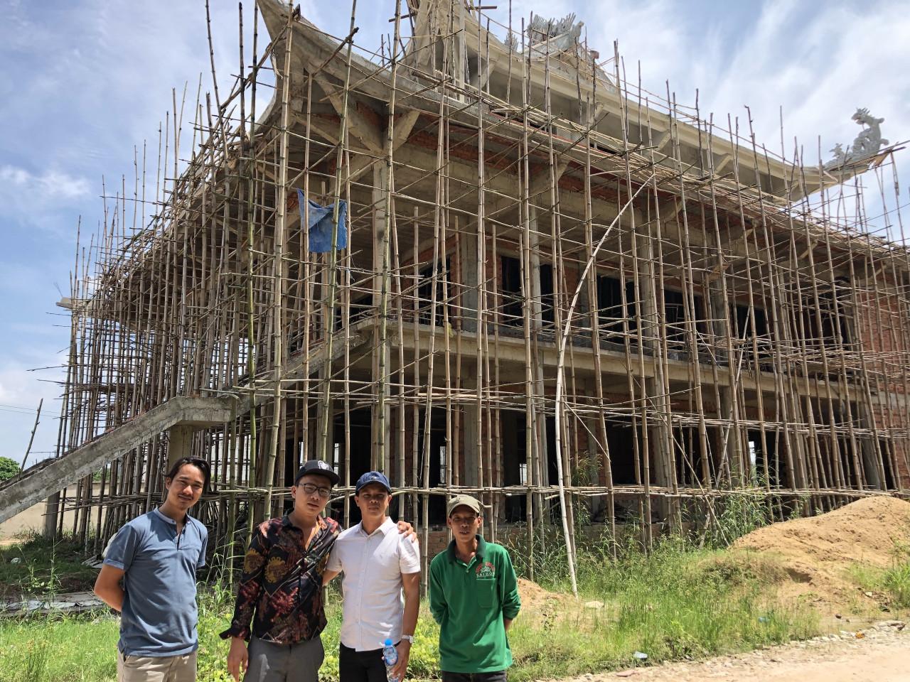 Nhận thiết kế thi công hồ cá Koi đẹp Tại Hồ Chí Minh