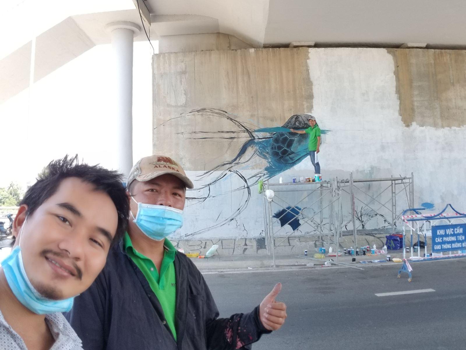 Bức tường bích họa ở Nha Trang Dự án tranh tường Bố Già vẽ tranh tường khu phố miễn phí giai đoạn 2019-2021