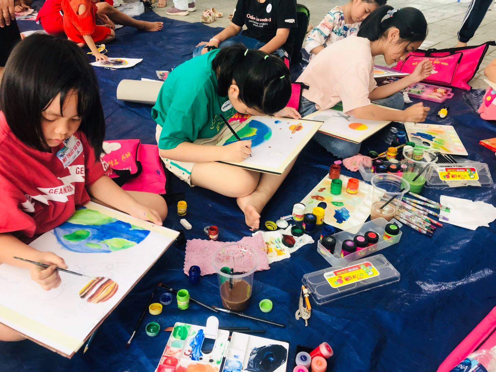 Tại sao cần cho trẻ tham gia các lớp học mỹ thuật?